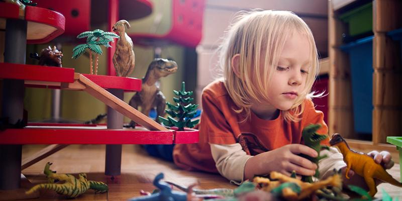 Tips Membeli Mainan Anak